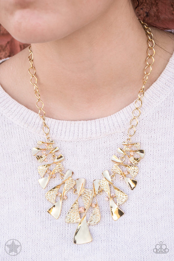Paparazzi Necklace & Earring Set -