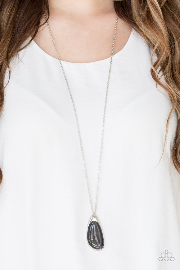 Magically Modern - Silver moonstone necklace