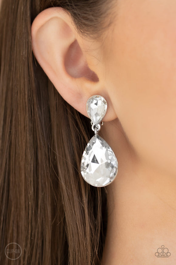 Aim For The MEGASTARS - White clip on earrings
