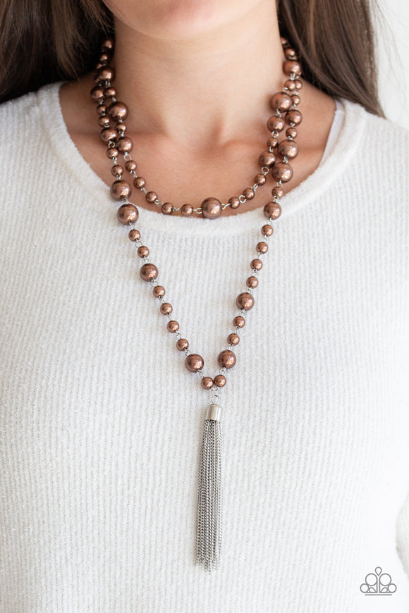 Social Hour - Brown pearl necklace