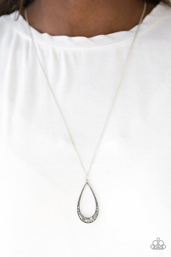 Teardrop Tease - Silver necklace