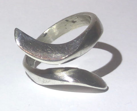 Sterling silver elongated wrap around bypass / ring 8.25
