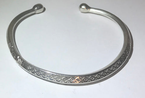 Vintage sterling silver carinated stamped bead end cuff / bracelet 6.5""