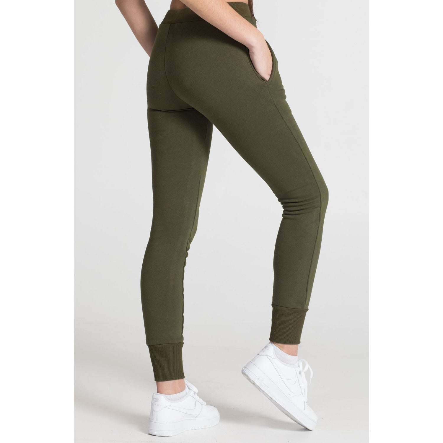 The Jogger - Olive - THE LABEL