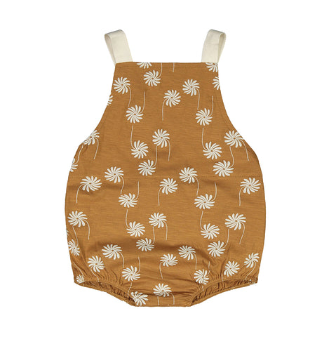 Mainio oose-fit one-piece with Flower Power all-over pattern. Slub yarn gives the material a textured melange effect.Longer fit, and the product size equals to the larger size.