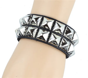 "2 Row 1/2"" Pyramid Snap Bracelet"
