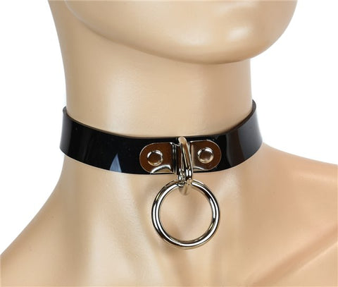 Black Choker with Loop and Ring – Vinyl