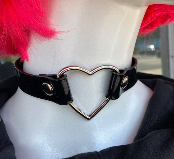 Large Heart Choker - Black Vinyl