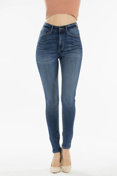 Emily High Rise Curvy Jeans