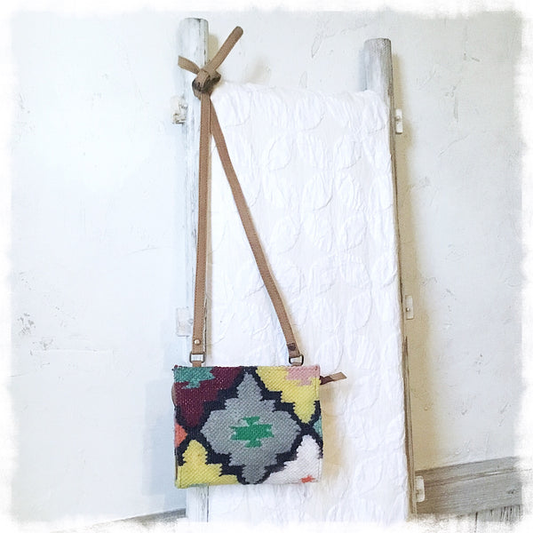 Solana Kilim Crossbody Bag - Soul Of The Rose®