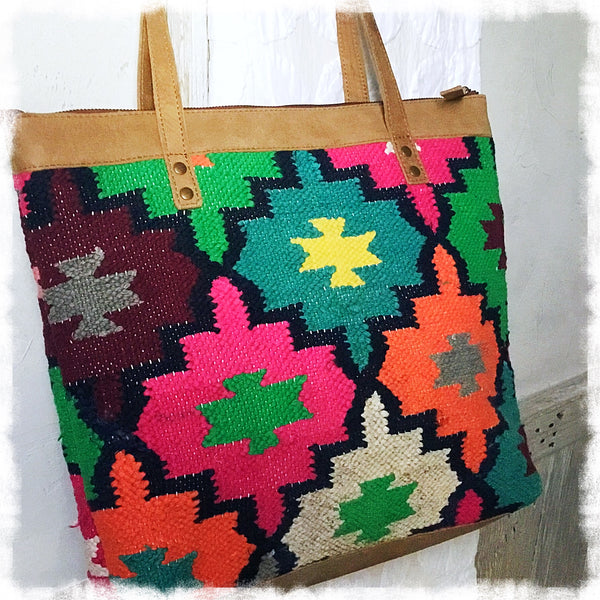 Solana Kilim Tote - Soul Of The Rose®