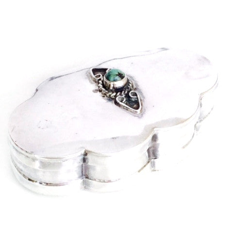 Cora Vintage Silver Scalloped Pill Box