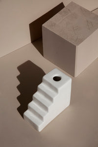 STAIR WHITE/ ESCALERA BLANCA