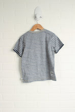 NWT Grey Graphic T-Shirt (Size 4)