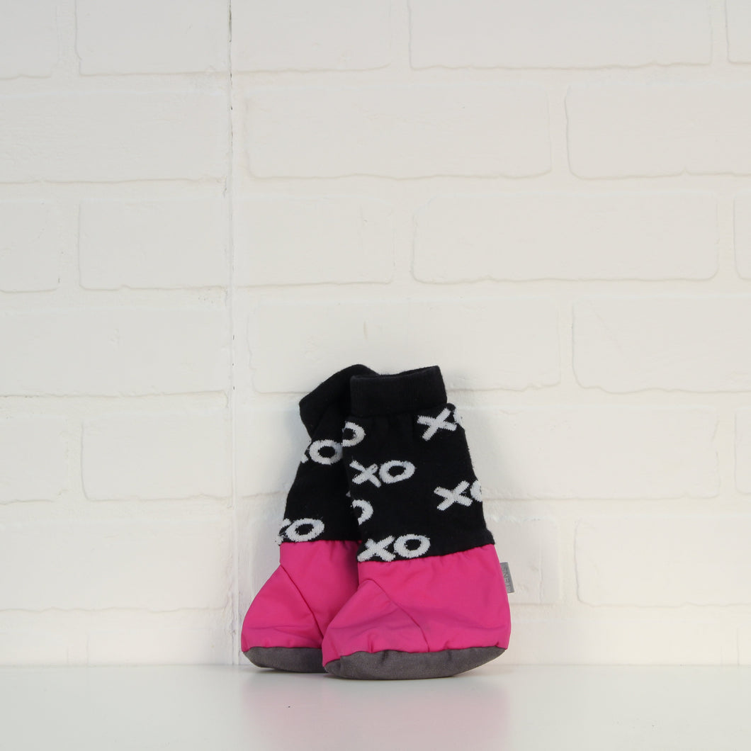 Magenta mimiTENS Booties (O/S Infant)