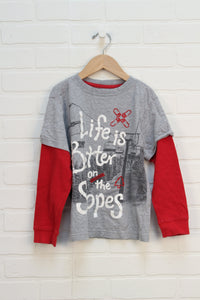 Grey + Red Graphic T-Shirt: Skiing (Size S/5-6)