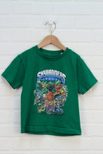 Green Graphic T-Shirt: Skylanders (Size 4)