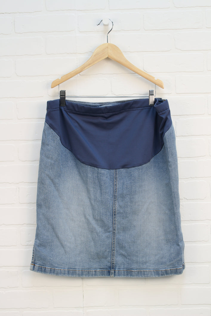 Light Wash Denim Maternity Skirt (Maternity Size M)