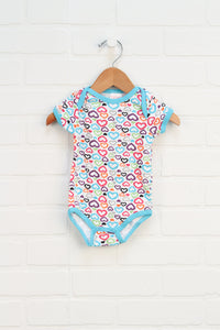 White + Multi Graphic Onesie: Hearts (Carter's Size 6-9M)