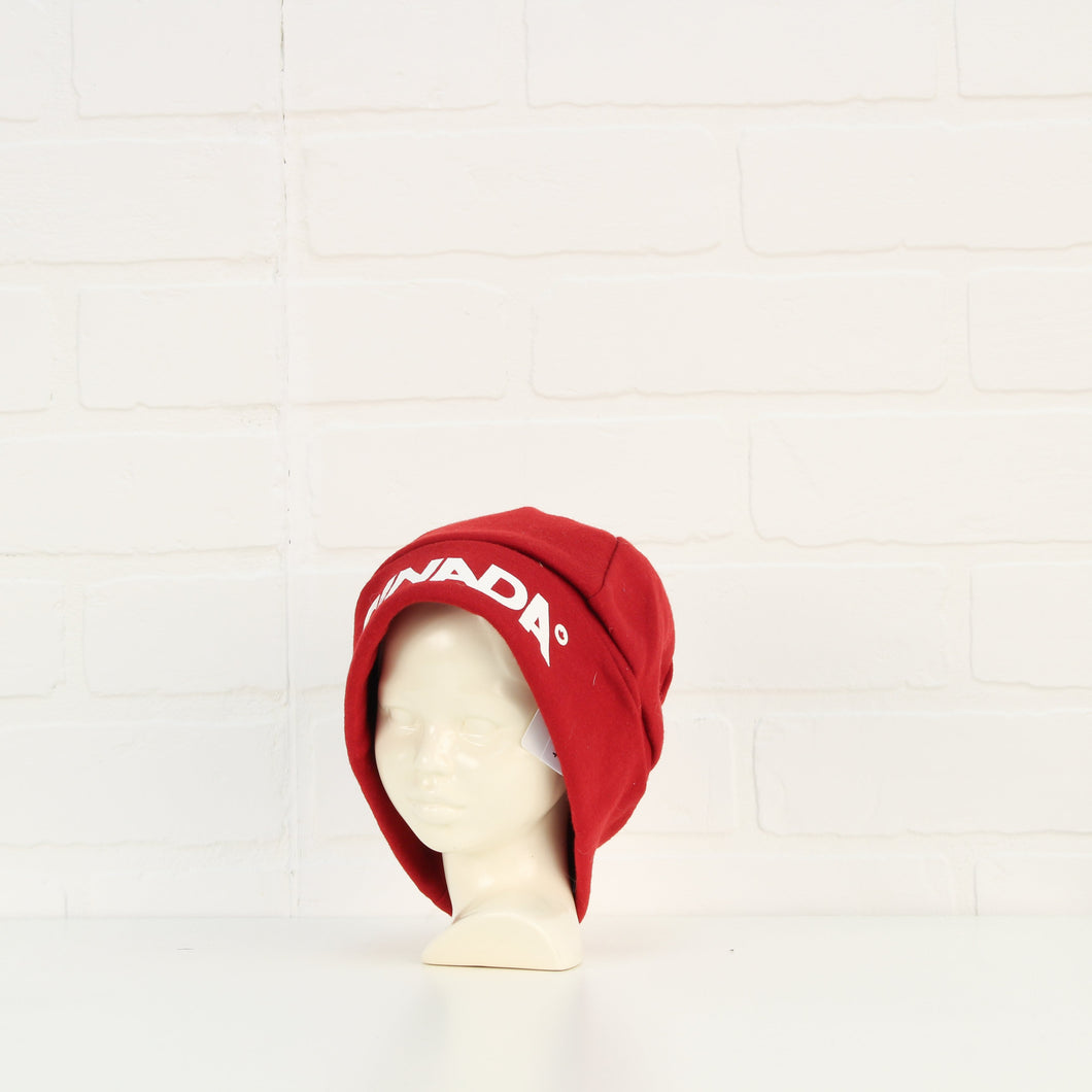 Red Hat: Canada (Size 12-18M)