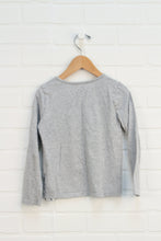 Heathered Grey Graphic T-Shirt (Size 5)