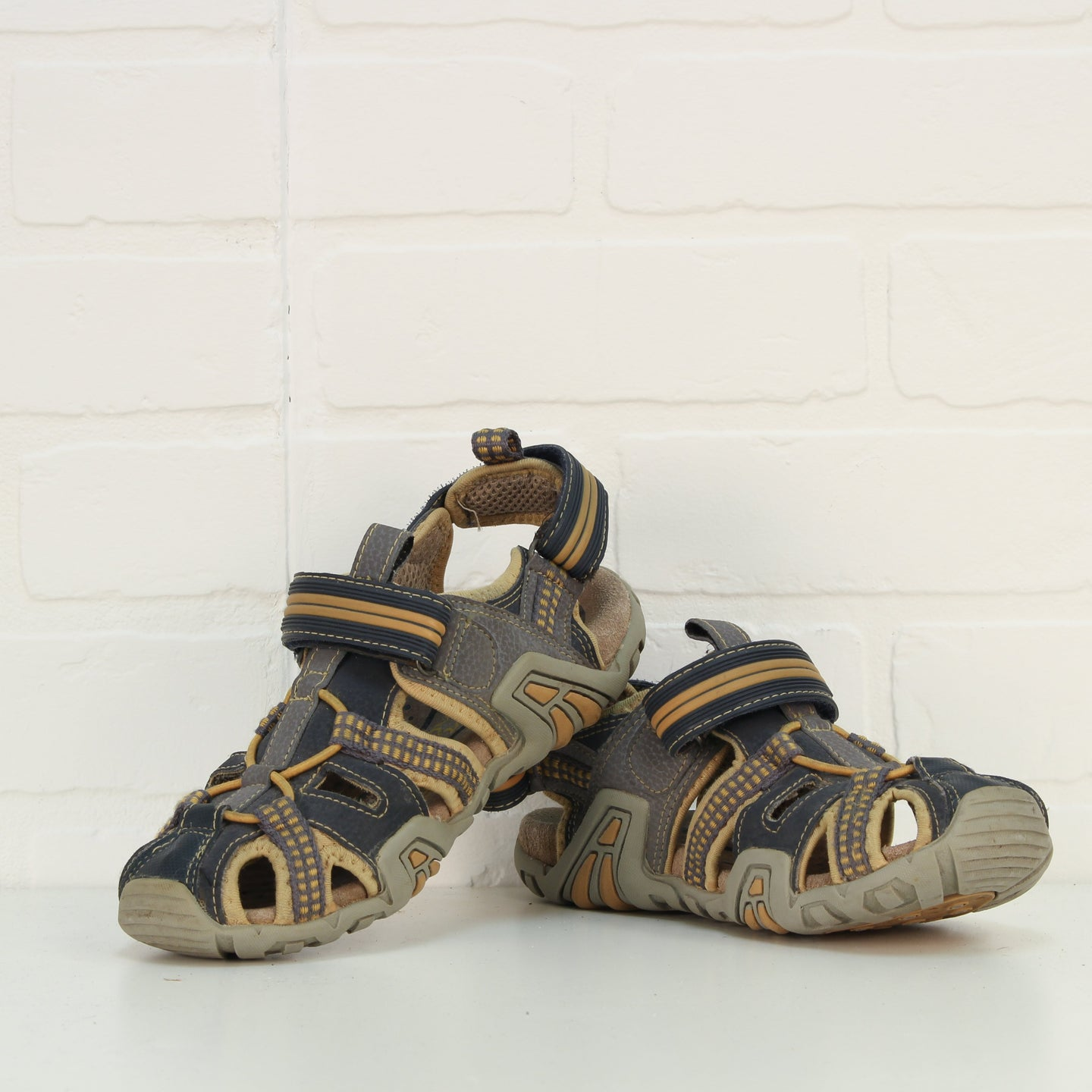 Grey + Yellow HIking Sandals (Big Kids Shoe Size 2/34)