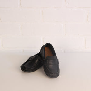 Black Loafers (Shoe Size 25 = U.S. Little Kids Shoe Size 8.5)