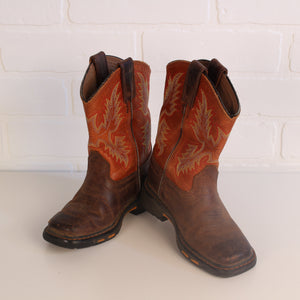 Ariat Square-Toe Cowboy Boots with Rubber Workboot Sole (Little Kids Size 9)