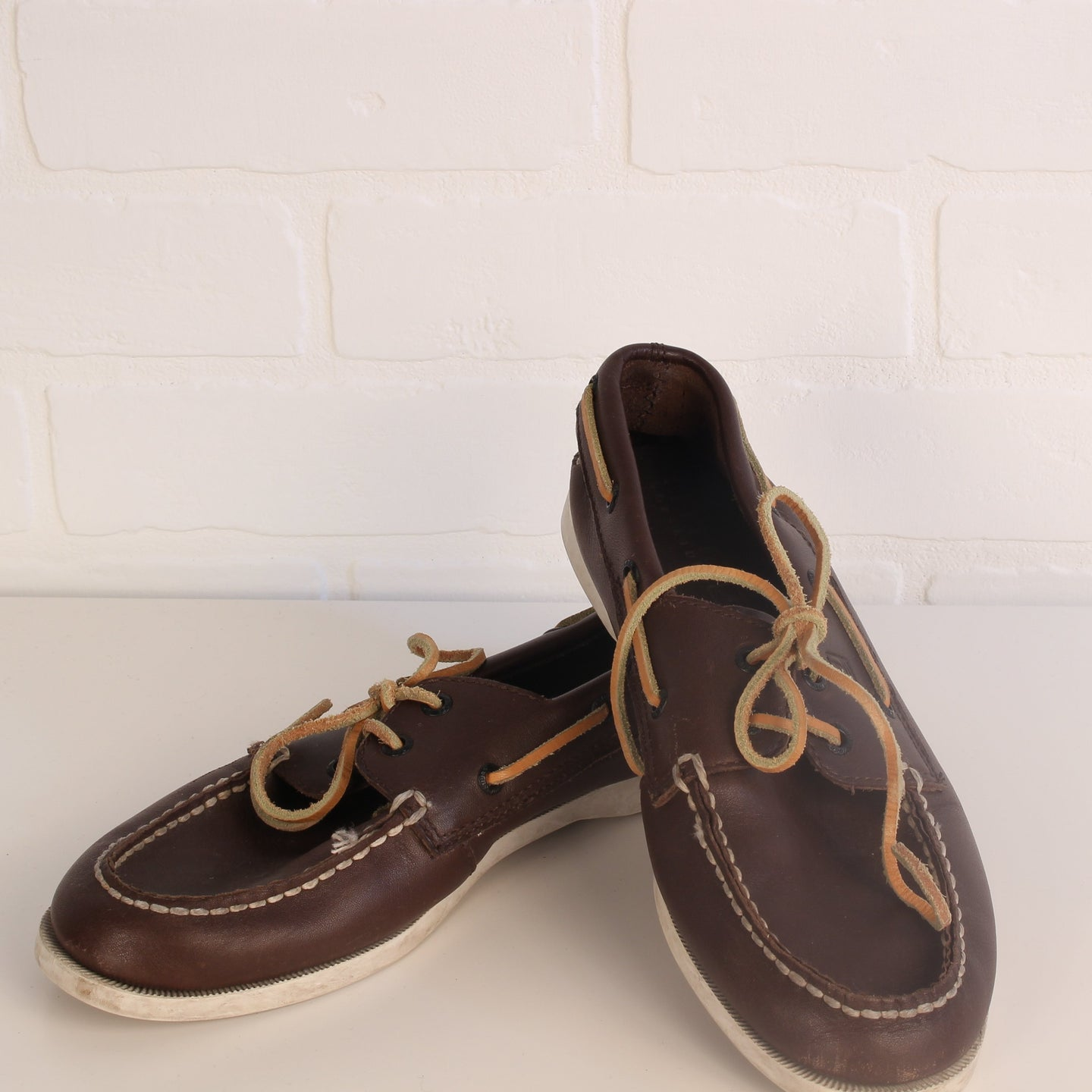 Brown Leather Deck Shoes (Big Kids Shoe Size 5.5M)