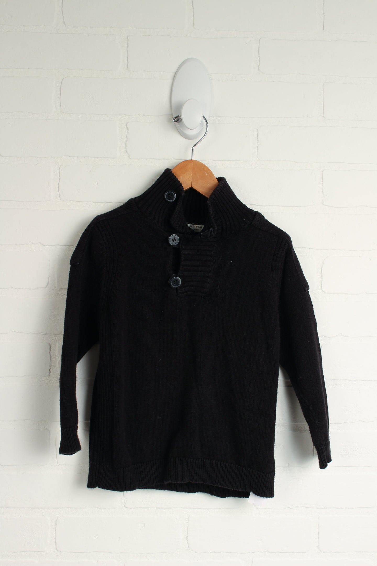 Black Pullover (Size 104/3-4)