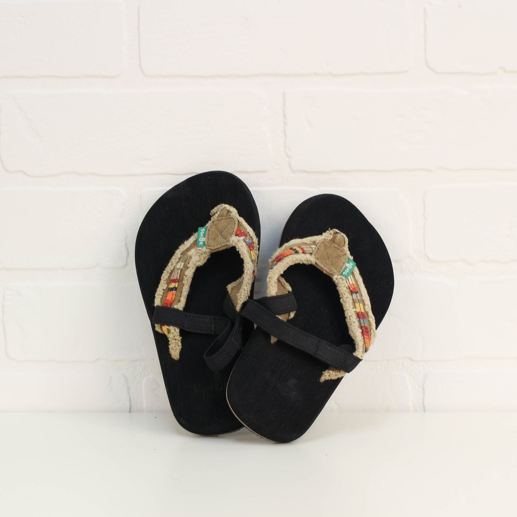 Black Thong Sandals (Little Kids Shoe Size 10)