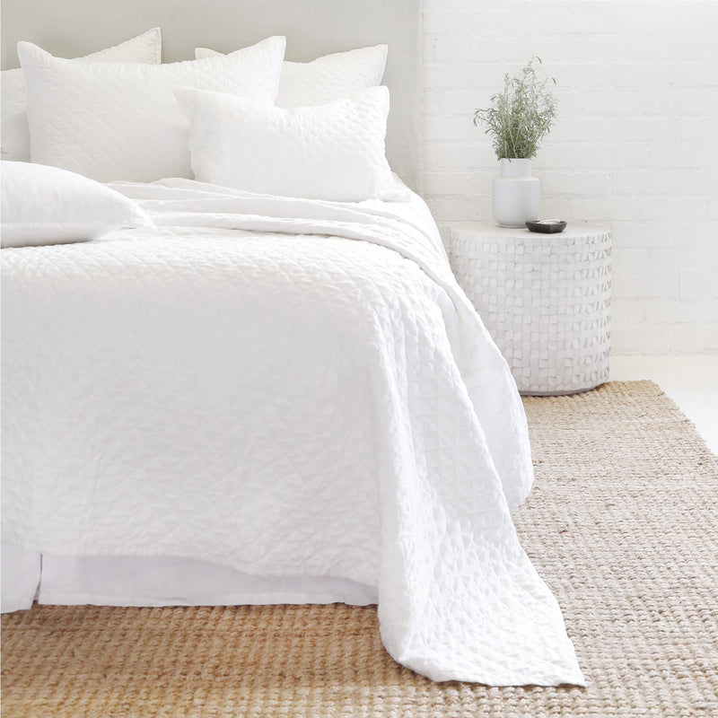 POM POM HAMPTON COVERLET COLLECTION- WHITE