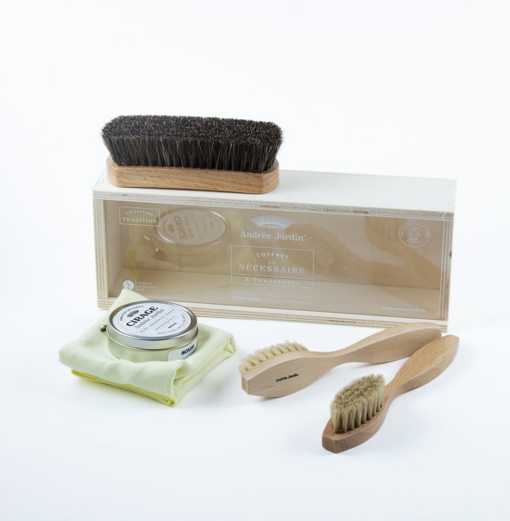 SHOE CARE KIT TRADITION IN WOODEN BOX WITH CIRAGE & ACRYLIC LID
