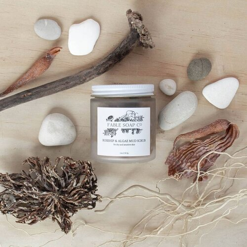 FABLE ROSEHIP & ALGAE MUD SCRUB