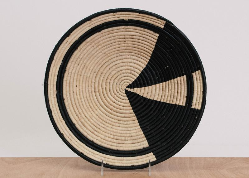 BLACK COLOR BLOCKED JUMBO RAFFIA BOWL