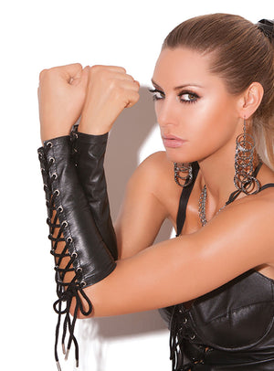 Leather lace-up gloves or gauntlets L9171