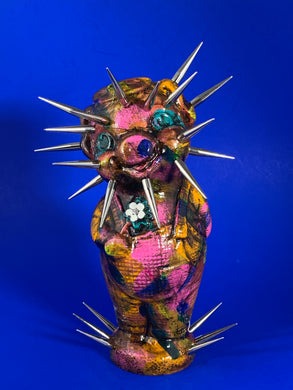 Spike Head Flower Power Pig
