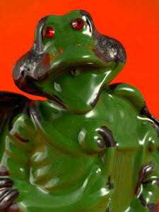 Harp Frog: Black and Green