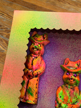 Load image into Gallery viewer, Boxed Chalkware Wall Plaques: Cowboy Rabbits 1966
