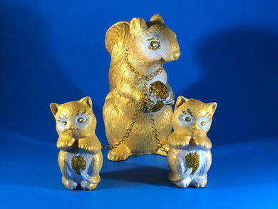 Squirrel with cats: Gold with white, glitter and chains