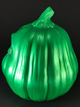 Load image into Gallery viewer, Green Snarl Pumpkin