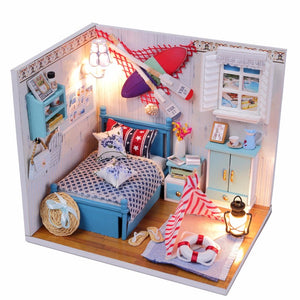 Summer Romance Dollhouse