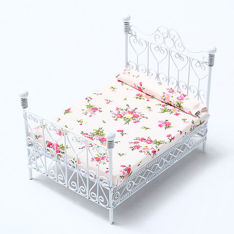 1/12 Dollhouse European Style Bed & Mattress