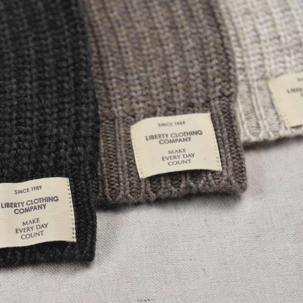 Ladies Cashmere Knit Beanie label