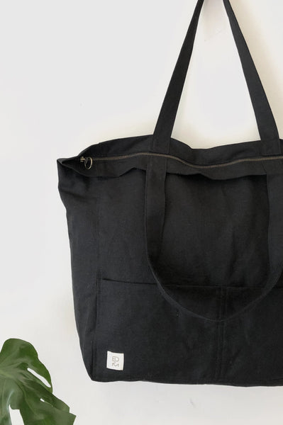 Overnight Bag - Black - Form By T