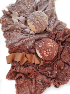 Pre-order Blanket and bonnet Vintage