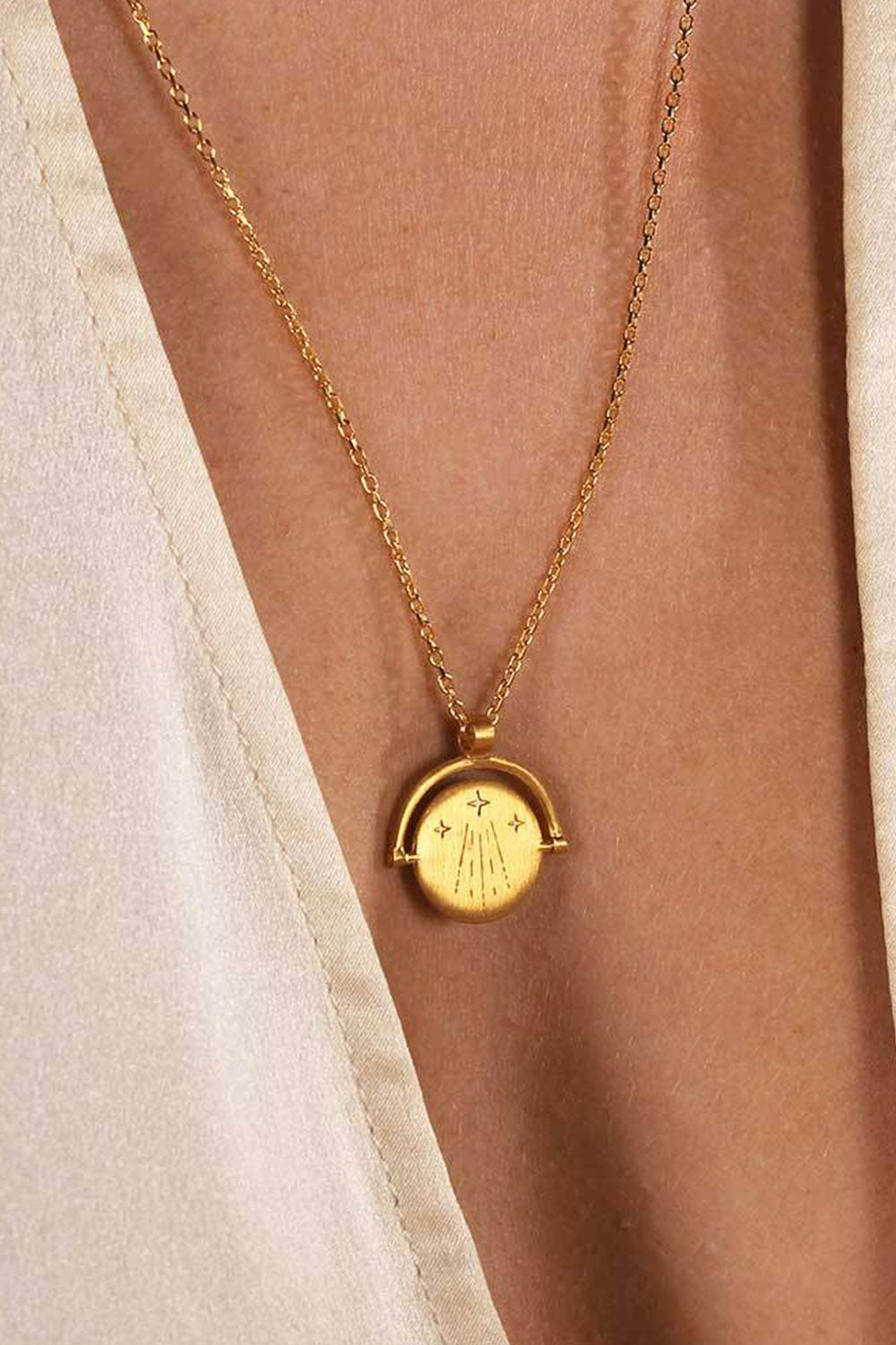 Amulets Of Alchemy-Luck Necklace Gold - Kabana Shop