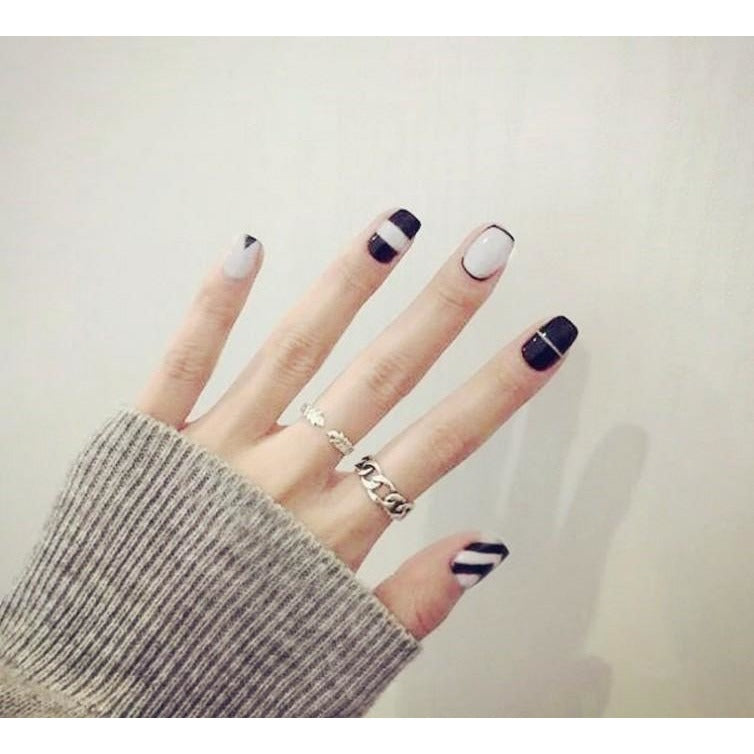 Black to Back - The Fab Nails