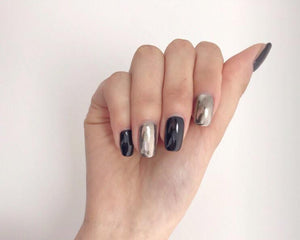 Modern Chic - The Fab Nails