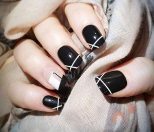 Gorgeous Lines - The Fab Nails